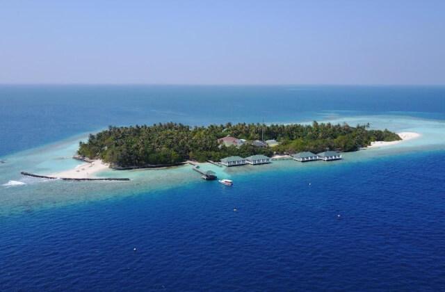 billiga hotell maldiverna - embudu village resort