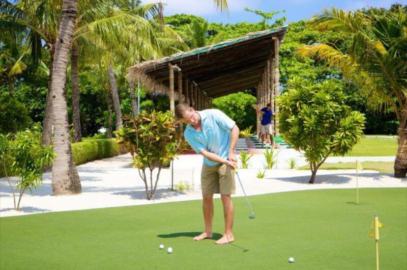 att göra på maldiverna - golf