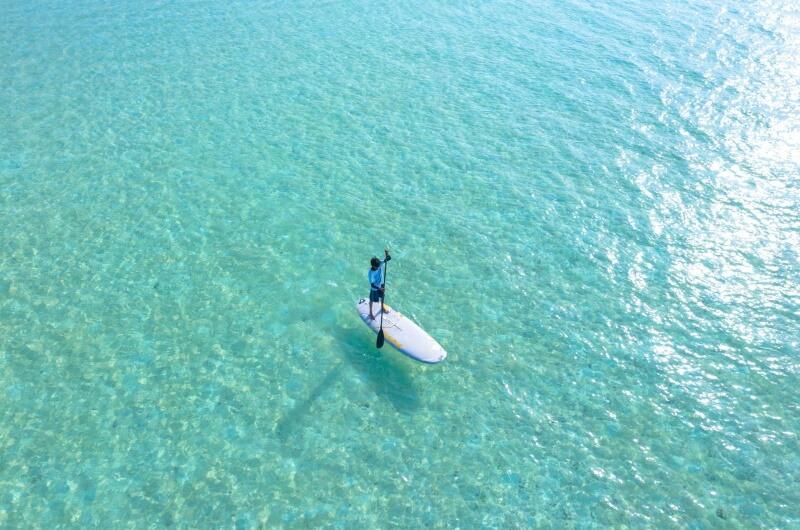 att göra på maldiverna - paddleboard