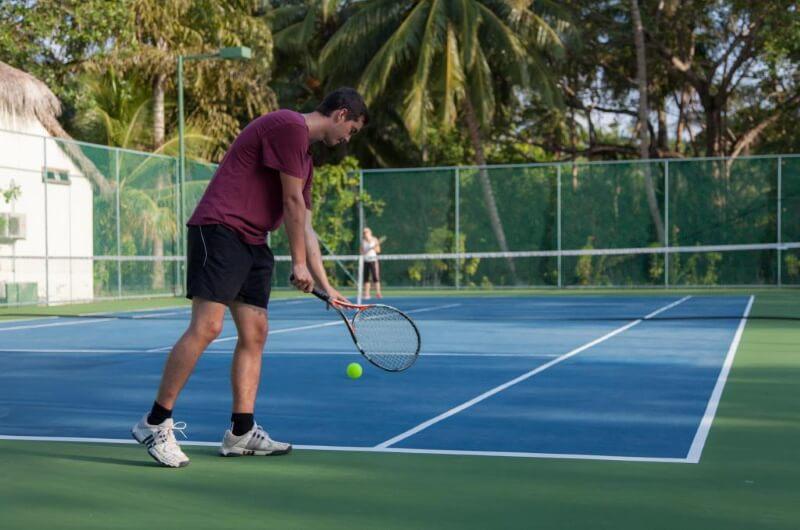 att göra på maldiverna - tennis
