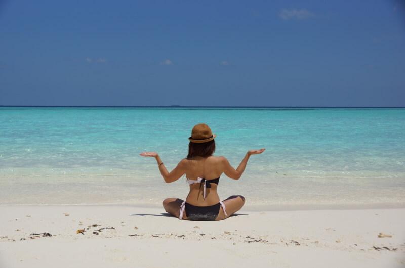 att göra på maldiverna - yoga