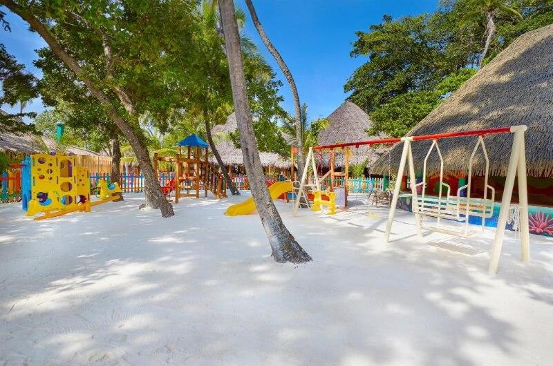 kuredu island resort maldiverna - med barn